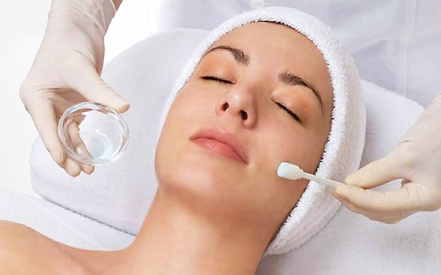 Facial peel treatments by DermaCare Facial Clinic in Woodland Hills, Los Angeles, CA